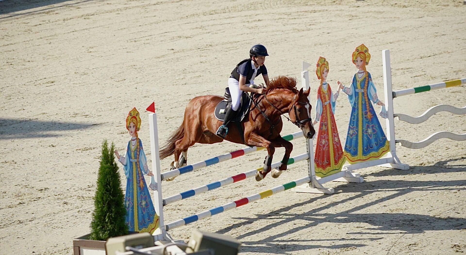Соревнованию по конному спорту в Узбекистане - Sputnik Узбекистан, 1920, 28.06.2021