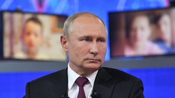 LIVE: Pryamaya liniya s Vladimirom Putinыm - Sputnik Oʻzbekiston