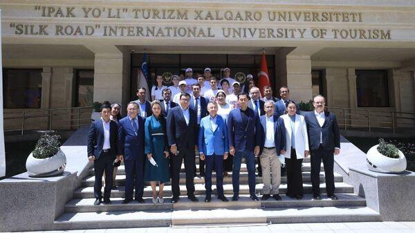 Международный университет туризма Шелковый путь посетил вице-президент Турции - Sputnik Узбекистан
