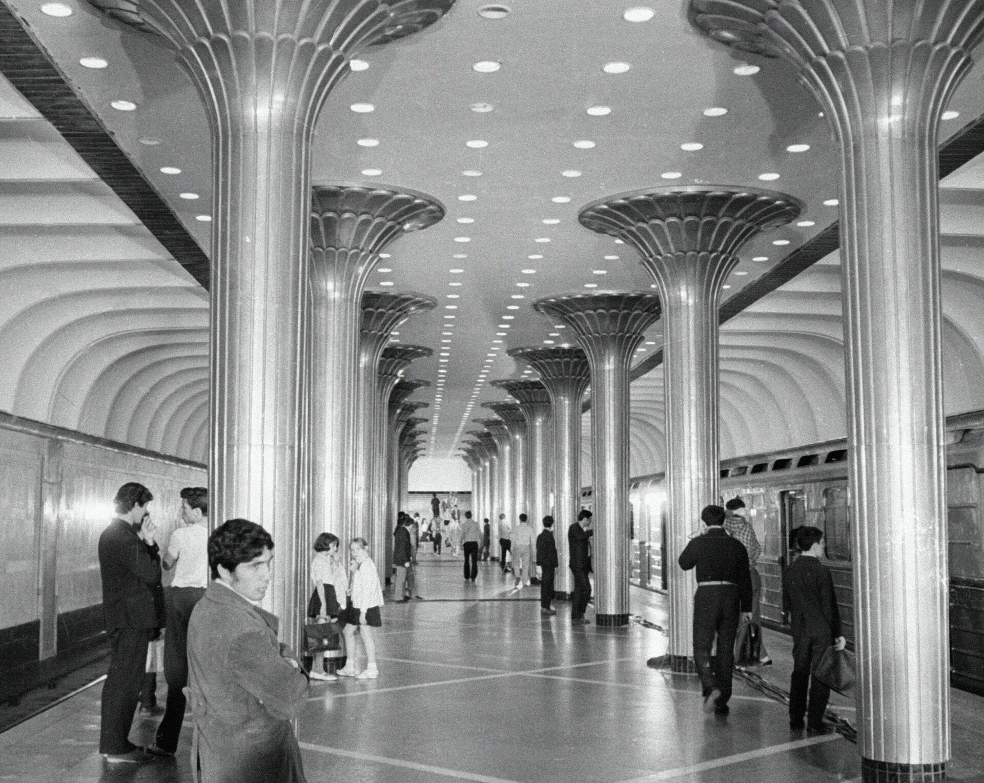 Станция метро Нариманов в Баку, 1 апреля, 1971 год - Sputnik Узбекистан, 1920, 02.07.2021