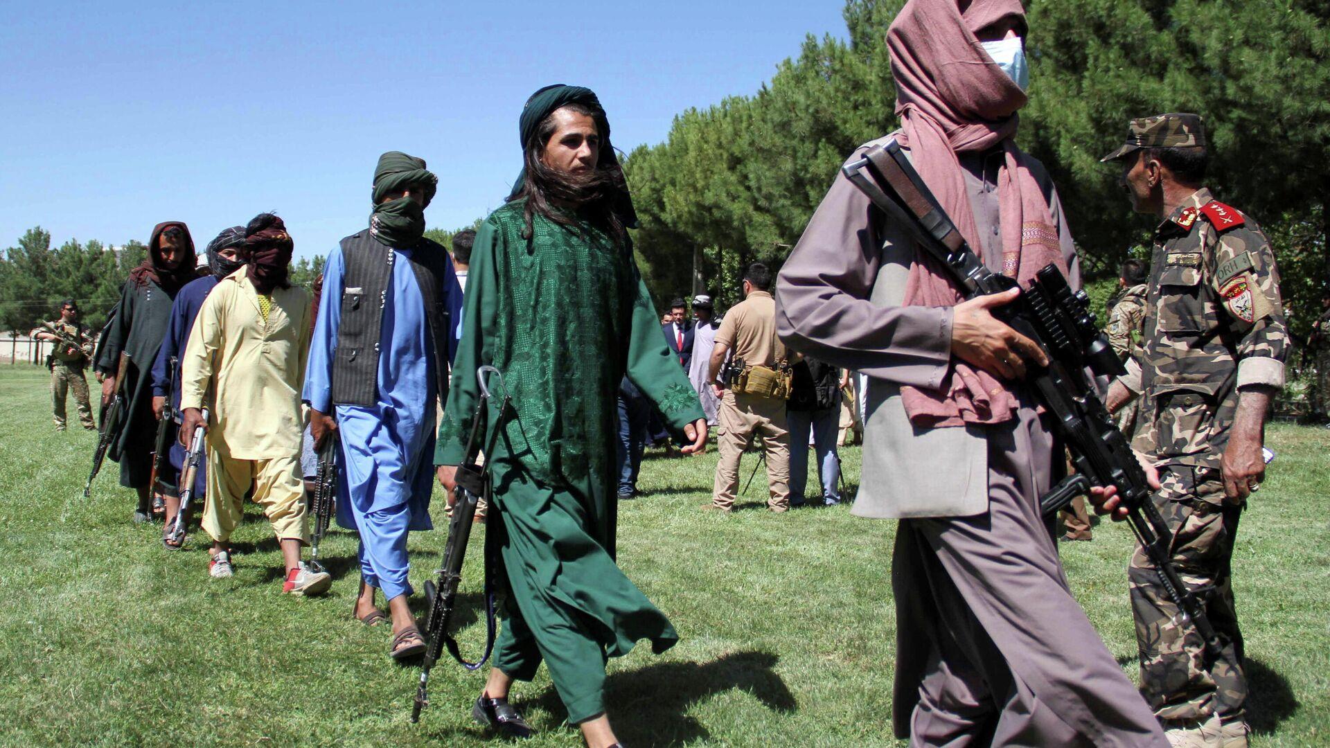 Боевики движения Талибан - Sputnik Узбекистан, 1920, 05.07.2021