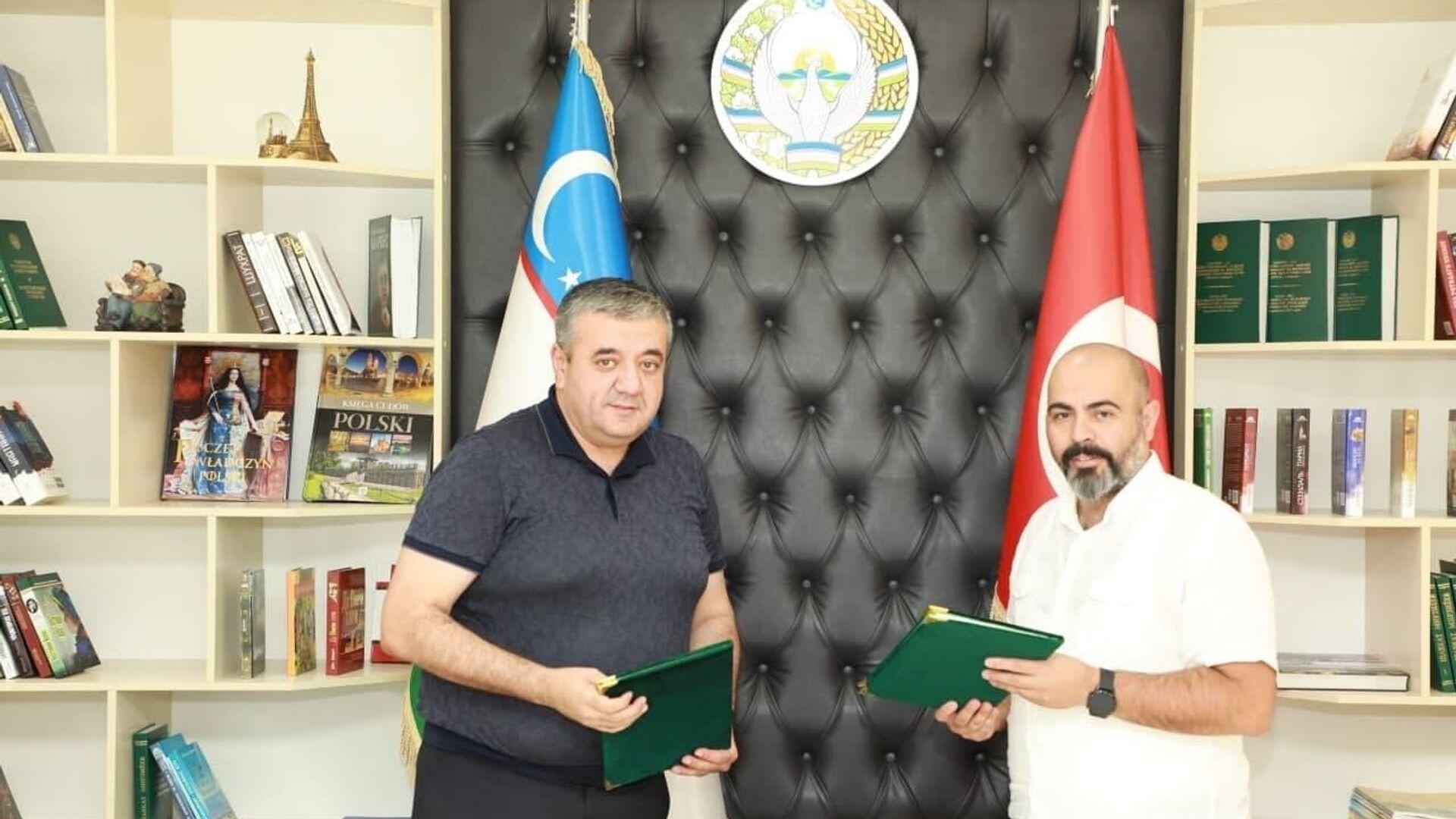 Агентство по вопросам внешней трудовой миграции подписало соглашение о сотрудничестве с компанией Turkpermit для временного трудоустройства узбекистанцев в Турции - Sputnik Узбекистан, 1920, 08.07.2021