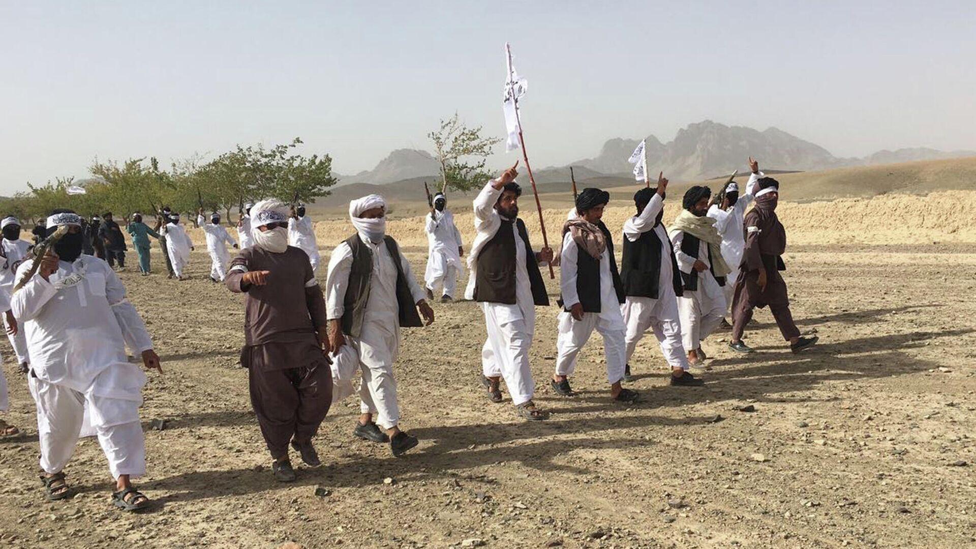 Вооруженные люди в Афганистане - Sputnik Узбекистан, 1920, 12.07.2021