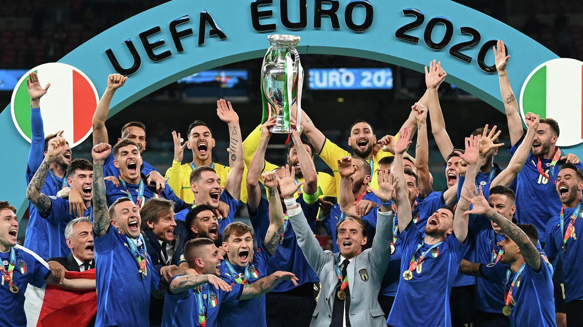 Sbornaya Italii stala pobeditelem chempionata Yevropы po futbolu - Sputnik Oʻzbekiston, 1920, 12.07.2021