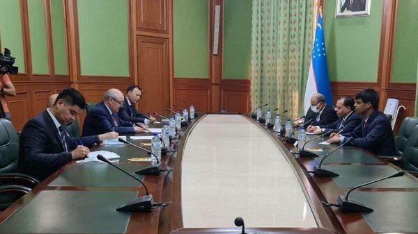 В Ташкент прибыл первый замминистра иностранных дел Непала - Sputnik Узбекистан