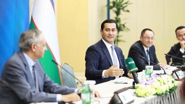 Состоялось первое заседание узбекистано-пакистанского Делового совета - Sputnik Узбекистан
