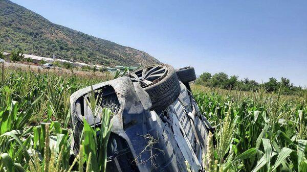 Автомобиль, в котором находился боец ММА Мурод Хантураев - Sputnik Узбекистан