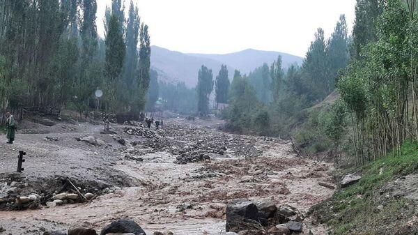 20 июля в горных районах Шахрисабза (Кашкадарьинская область) сошел сель - Sputnik Ўзбекистон