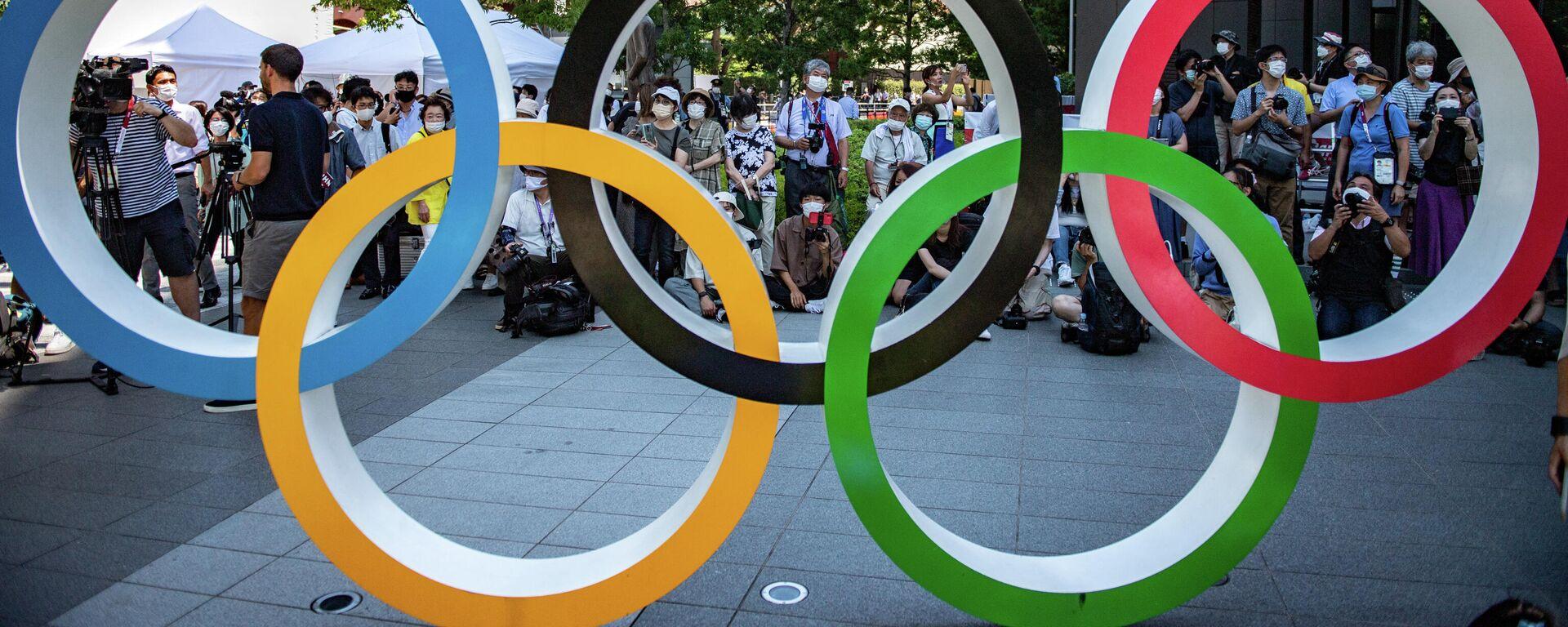Олимпийские кольца, Токио - Sputnik Узбекистан, 1920, 23.07.2021