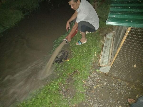 В городе выпало 15% от общего годового количества осадков. После проливных дождей пошел град, возникновение которого не характерно для данного региона. - Sputnik Узбекистан