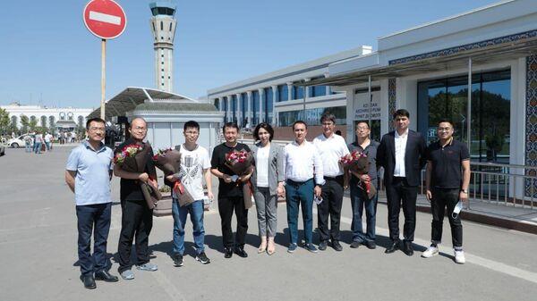 Китайски специалисты прибыли в Узбекистан для изучения условий производства вакцины - Sputnik Ўзбекистон