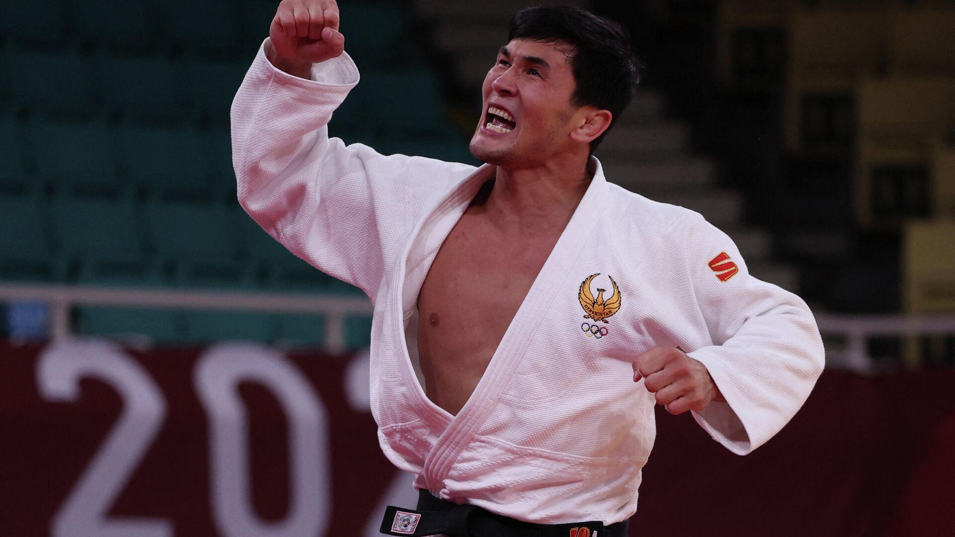 Dzyudoist Davlat Bobonov zavoyeval bronzovuyu medal na Olimpiyskix igrax v Tokio-2020 - Sputnik Oʻzbekiston, 1920, 28.07.2021