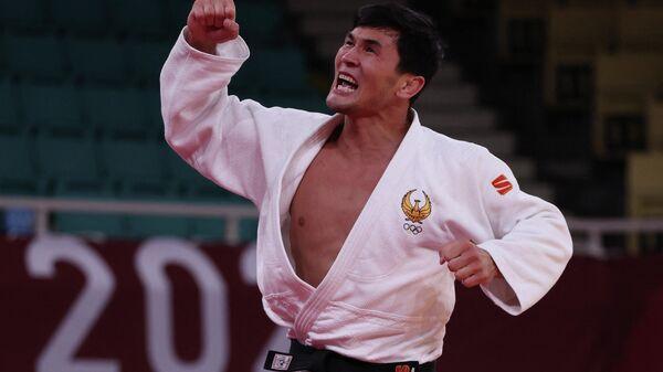 Дзюдоист Давлат Бобонов завоевал бронзовую медаль на Олимпийских играх в Токио-2020 - Sputnik Ўзбекистон