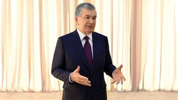 Shavkat Mirziyoyev posetil  mestorojdeniye Yoshlik-1 Almalыkskogo gorno-metallurgicheskogo kombinata - Sputnik Oʻzbekiston