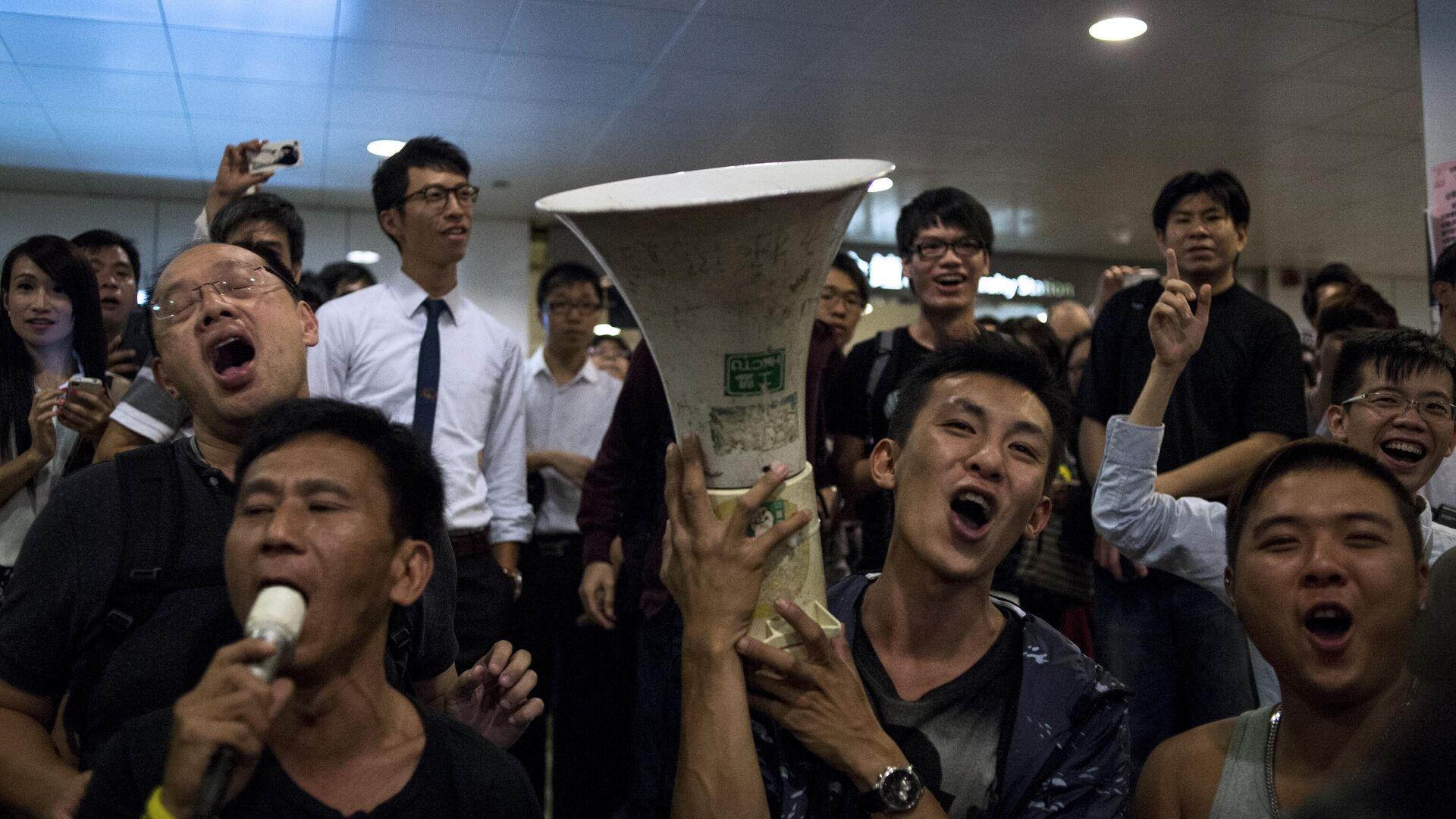 Акции протеста за демократизацию выборов в Гонконге - Sputnik Ўзбекистон, 1920, 30.07.2021