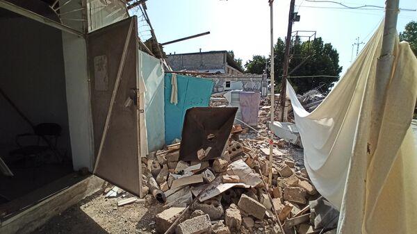 Последствия мощного взрыва на складе в Сергелийском районе Ташкента - Sputnik Ўзбекистон
