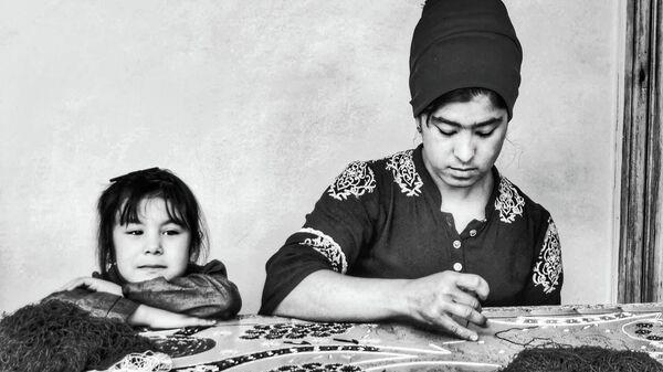 В США выйдет  фотокнига о ремесленничестве Узбекистана - Sputnik Узбекистан