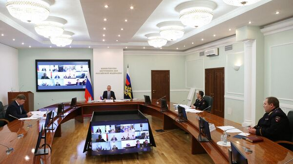 Первый замминистра Александр Горовой на встрече с послами СНГ - Sputnik Узбекистан