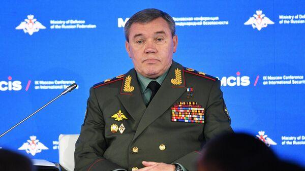 Начальник Генерального штаба Вооруженных сил РФ - первый заместитель министра обороны РФ Валерий Герасимов - Sputnik Узбекистан