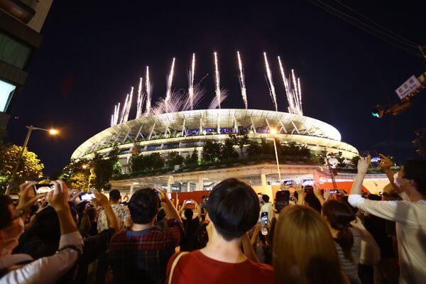 5 yil kutilgan Tokio-2020 XXXII yozgi Olimpiya oʻyinlari oʻz yakuniga yetdi. - Sputnik Oʻzbekiston