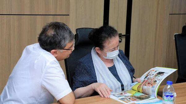 Встреча в Министерстве народного образования Узбекистана по проекту Школа милосердия - Sputnik Узбекистан
