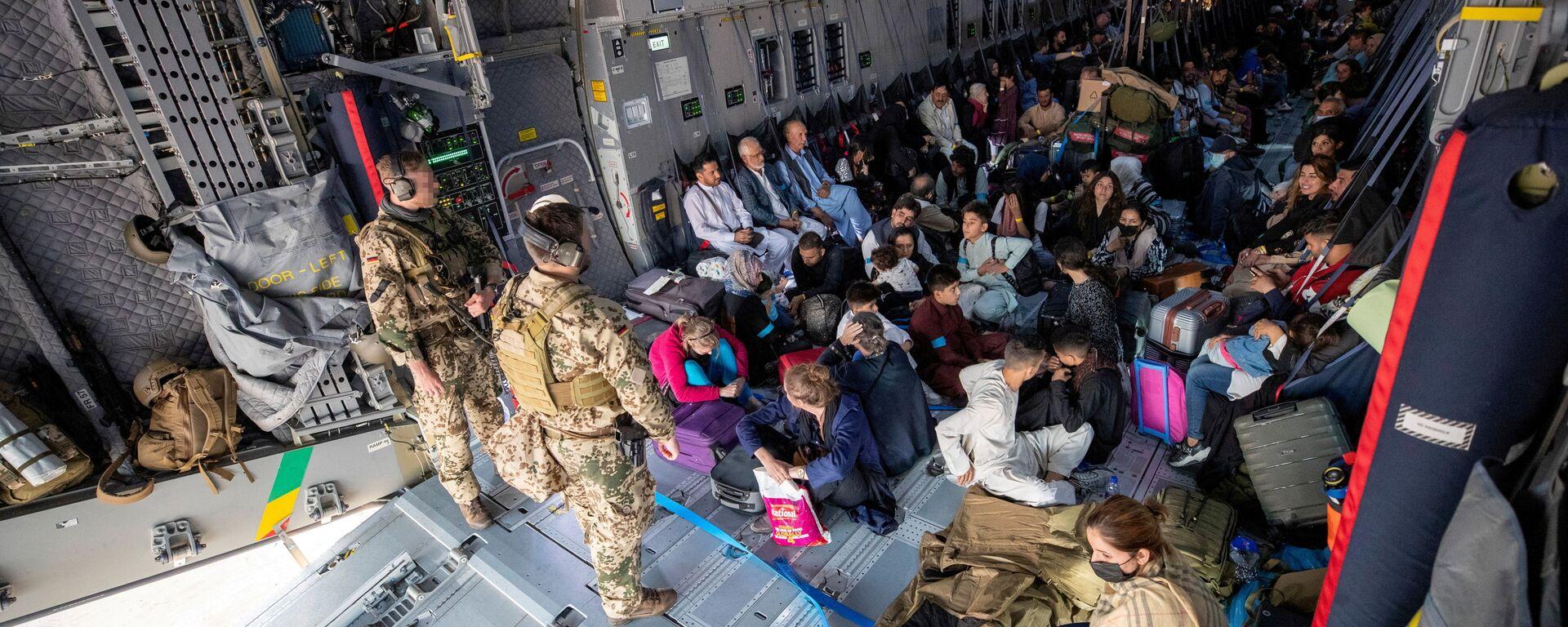 Эвакуированные из Афганистана, Узбекистан - Sputnik Узбекистан, 1920, 20.08.2021