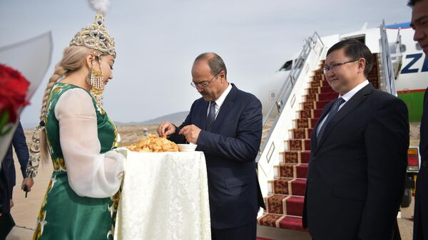 Premyer-ministr Uzbekistana Abdulla Aripov pribыl v Kыrgыzstan - Sputnik Oʻzbekiston