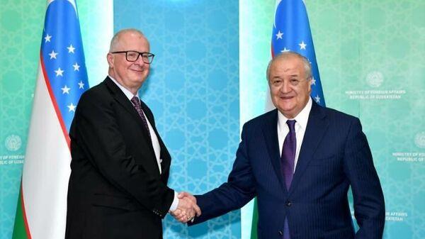 Посол Федеративной Республики Германия в Узбекистане Тило Клиннер и министр иностранных дел Узбекистана Абдулазиз Камилов - Sputnik Узбекистан