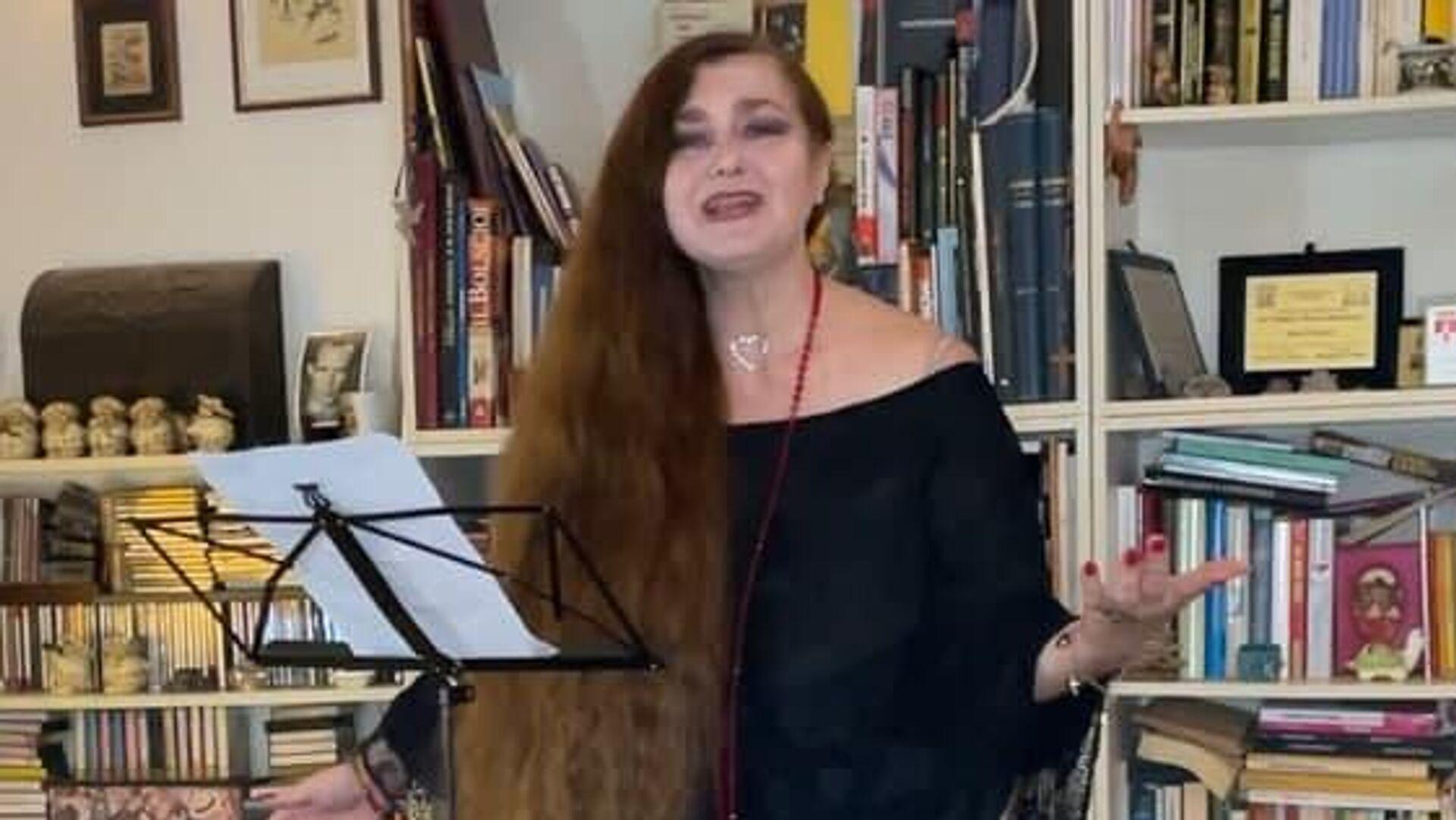 Итальянская оперная певица Сара Пасторе - Sputnik Узбекистан, 1920, 31.08.2021