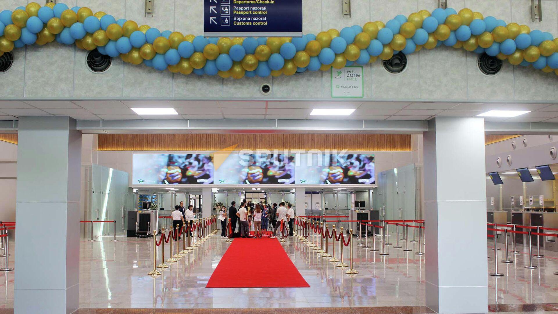 В аэропорту Ташкента открылся новый зал вылета - Sputnik Узбекистан, 1920, 03.09.2021