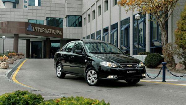 АО UzAuto Motors объявляет о старте продаж четырех моделей бренда Chevrolet –Spark, Cobalt, Nexia и Lacetti в Таджикистане  - Sputnik Ўзбекистон