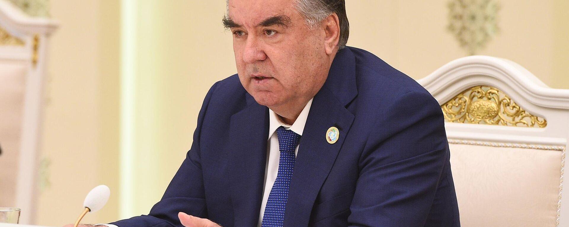 Президент Таджикистана Эмомали Рахмон - Sputnik Ўзбекистон, 1920, 16.09.2021