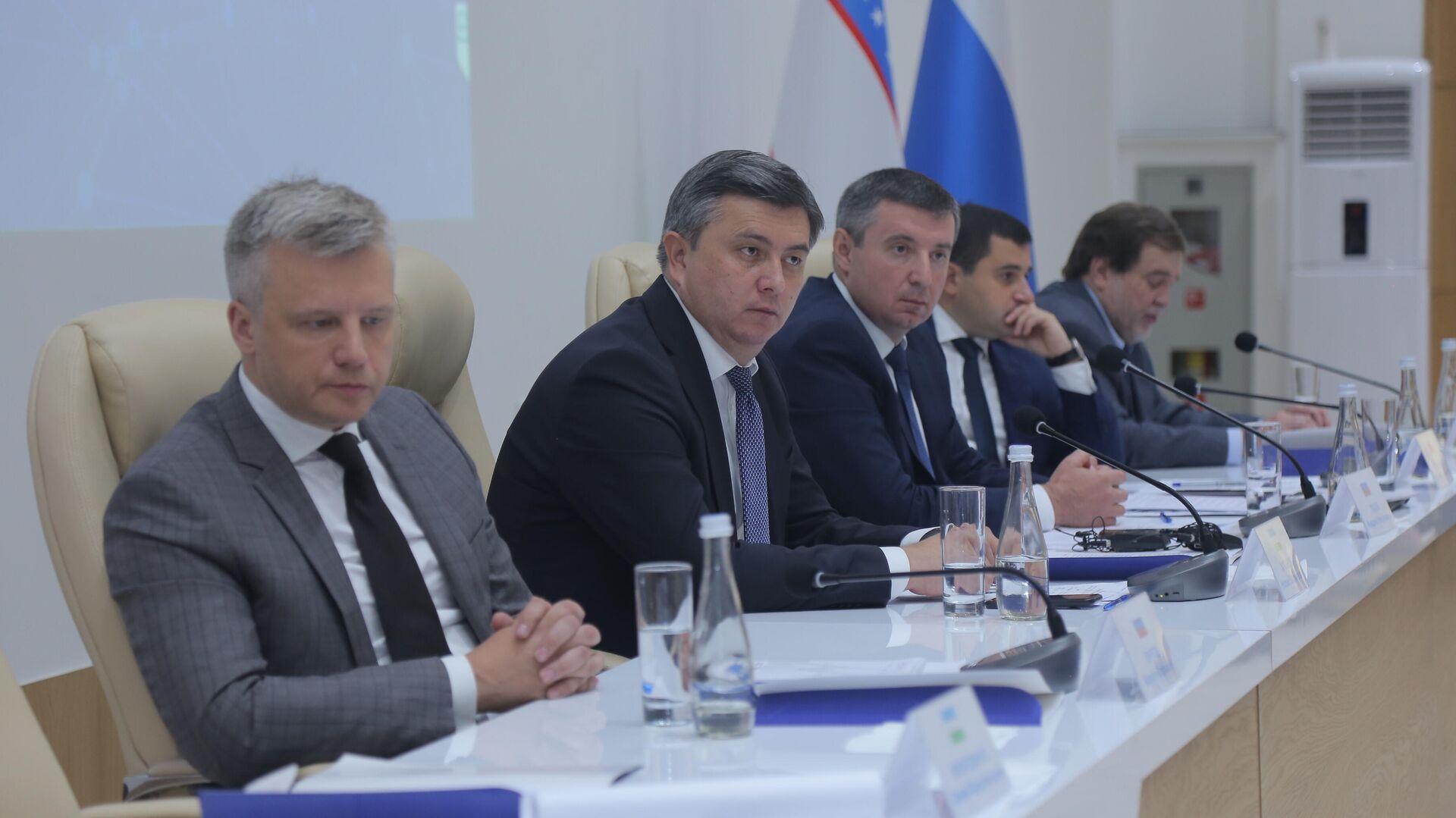Vizit delegatsii Mintruda RF v Uzbekistan - Sputnik Oʻzbekiston, 1920, 11.09.2021