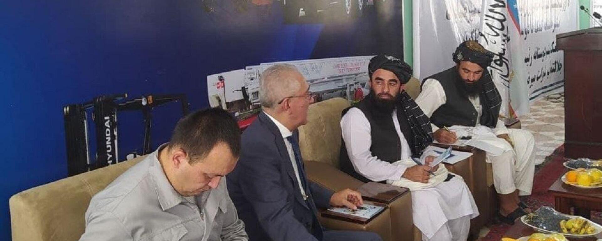 Новое правительство Афганистана выразило благодарность президенту Узбекистана за помощь - Sputnik Ўзбекистон, 1920, 14.09.2021
