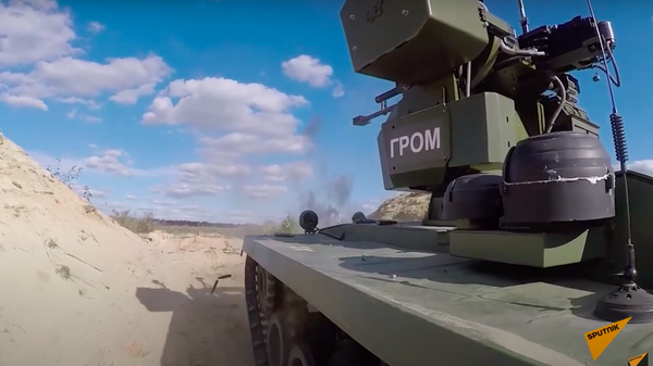 Минобороны показало на видео испытания новейших российских боевых роботов - Sputnik Узбекистан