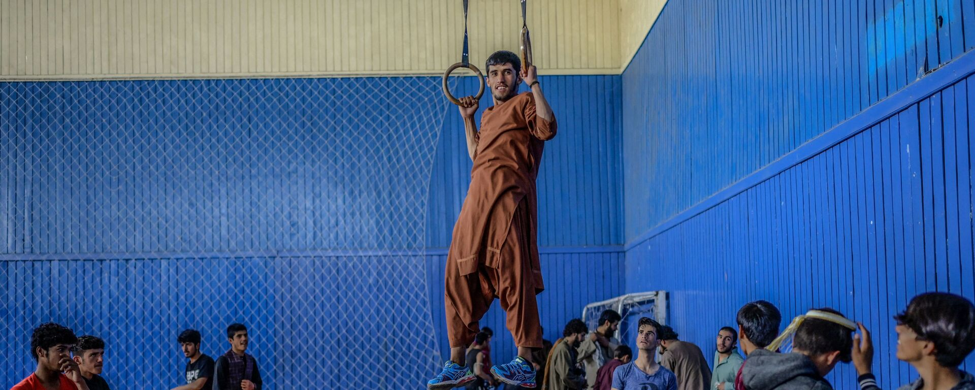 Молодежь в спортзале в Кабуле  - Sputnik Узбекистан, 1920, 15.09.2021