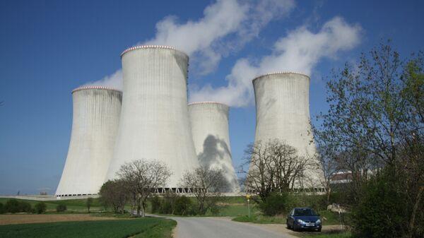 АЭС «Дукованы» на юго-востоке от Тршебича - Sputnik Узбекистан