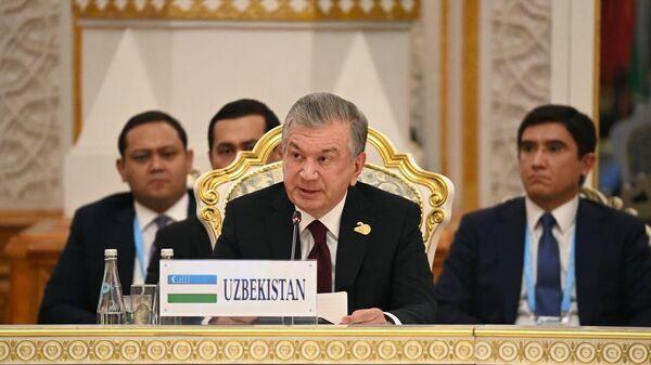 Шавкат Мирзиёев на саммите ШОС - Sputnik Ўзбекистон
