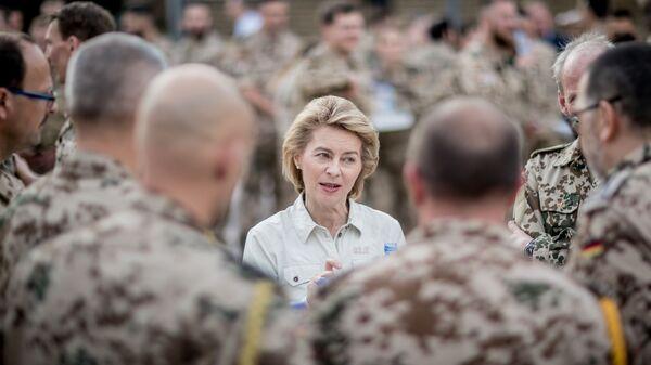 Министр обороны Германии Урсула фон дер Ляйен, 2018 год  - Sputnik Узбекистан