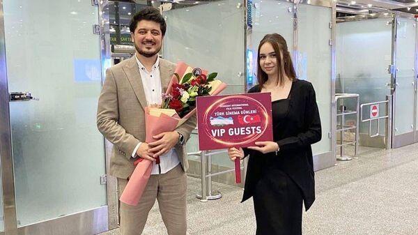 Звезды турецкого кино прибыли в Ташкент для участия в кинофестивале Жемчужина Шелкового пути - Sputnik Узбекистан