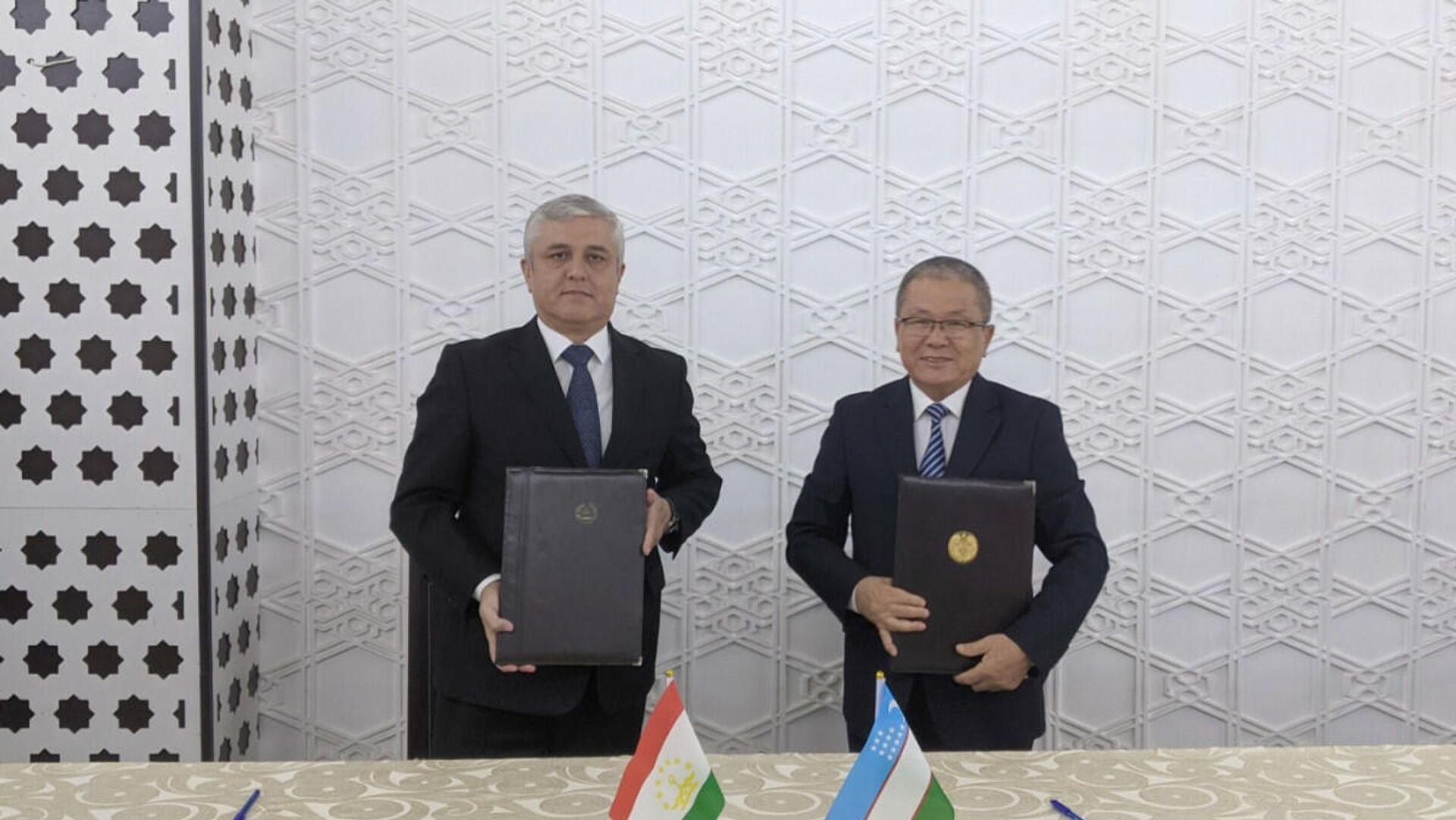 Встреча совместной таджикско-узбекской демаркационной комиссии в Самарканде - Sputnik Узбекистан, 1920, 28.09.2021
