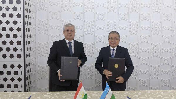 Встреча совместной таджикско-узбекской демаркационной комиссии в Самарканде - Sputnik Узбекистан