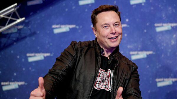 Основатель SpaceX и гендиректор Tesla Илон Маск - Sputnik Ўзбекистон
