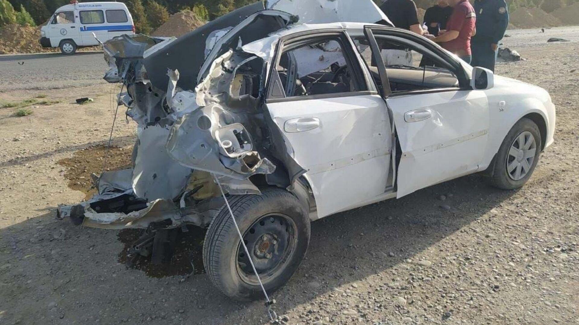 В Кашкадарье взорвался газовый баллон, установленный в автомобиле Lacetti.  - Sputnik Ўзбекистон, 1920, 29.09.2021