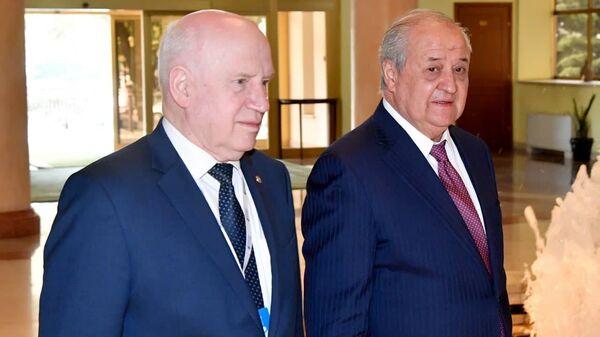 29 сентября 2021 года Министр иностранных дел Республики Узбекистан Абдулазиз Камилов провел встречу с Председателем Исполнительного комитета – Исполнительным секретарем СНГ Сергеем Лебедевым - Sputnik Узбекистан
