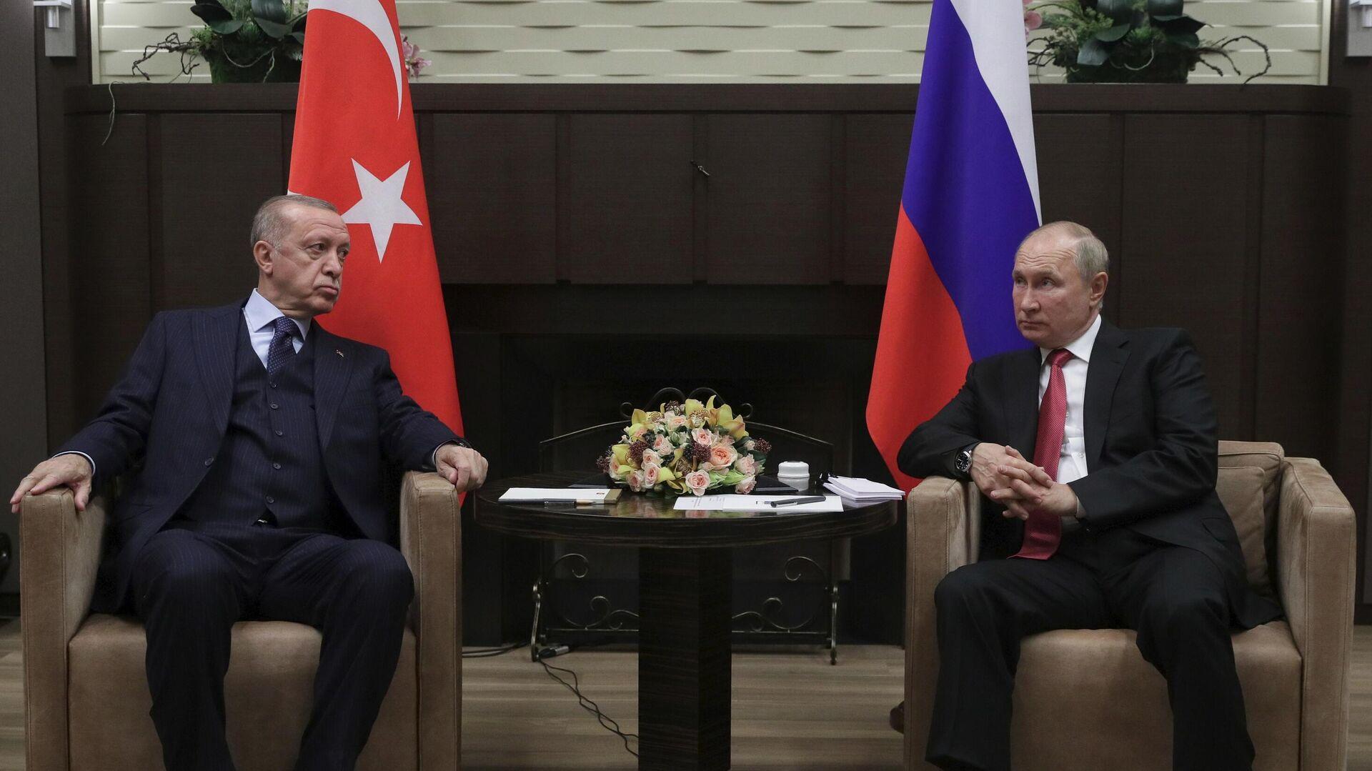 Президент РФ В. Путин провел переговоры с президентом Турции Р. Эрдоганом - Sputnik Ўзбекистон, 1920, 30.09.2021