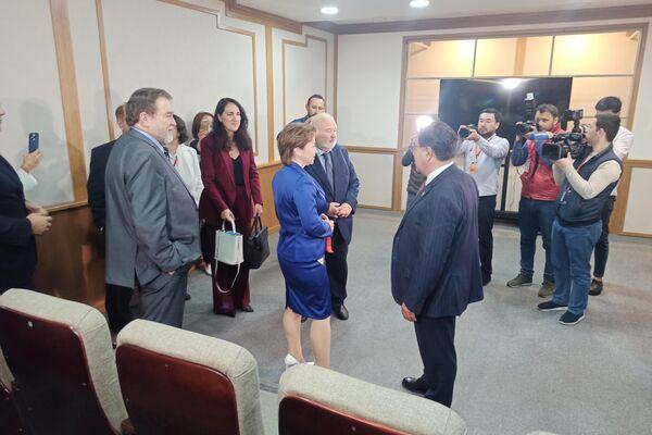 Церемония открытия филиала ВГИКа в Ташкенте - Sputnik Узбекистан