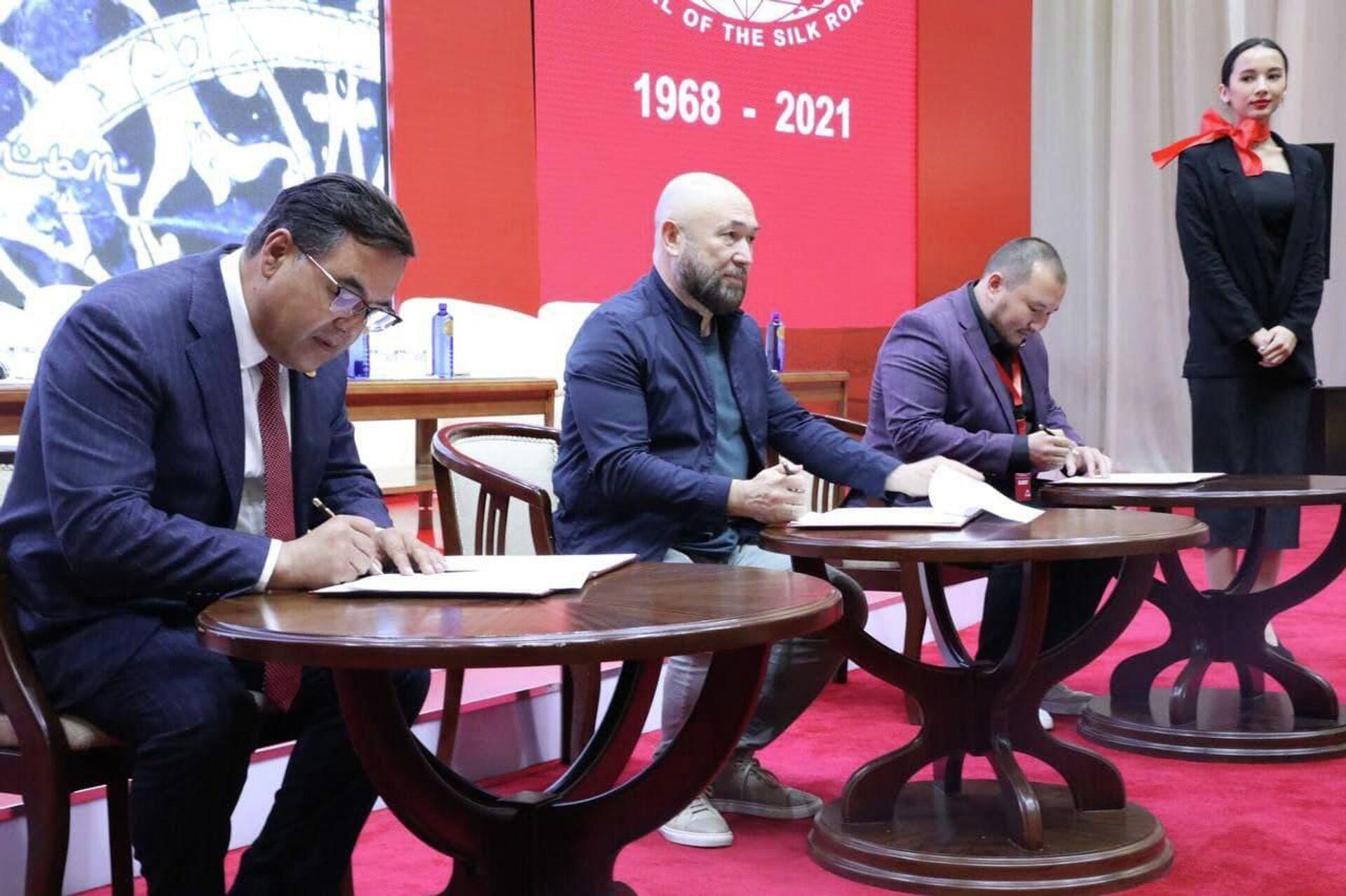 Тимур Бекмамбетов откроет в Узбекистане школы-студии анимационного кино - Sputnik Узбекистан, 1920, 01.10.2021