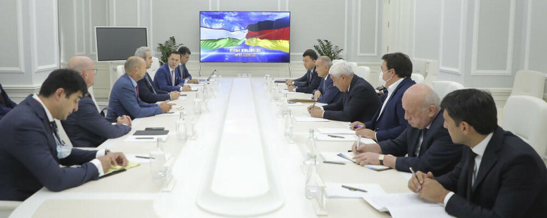 Встреча хокима Ташкента с представителями немецкой компании Siemens - Sputnik Узбекистан, 1920, 02.10.2021