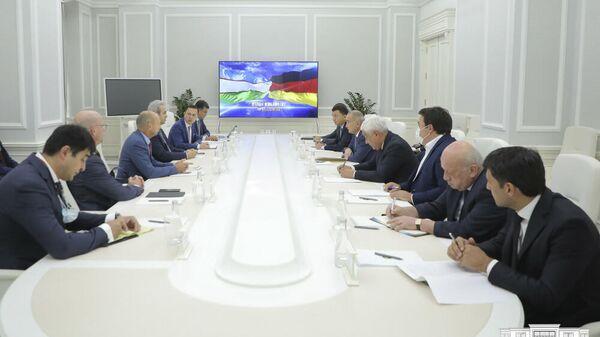Встреча хокима Ташкента с представителями немецкой компании Siemens - Sputnik Узбекистан